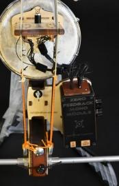 Chevalet à 22 capteurs et module ZéroFeedback actif avec sortie passive stéréo. Module interchangeable